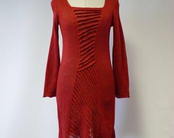 Feminine knitwear red linen tunic, S/M size.
