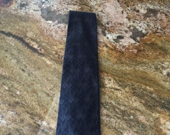 100 % Authentic GUCCI Tie