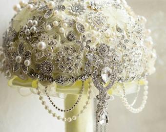 Brooch Bouquet/ Wedding Bouquet / Brides Bouquets / Artificial Wedding Bouquets / Flowers for Weddings / Bridesmaid Bouquet/ Fake Flowers