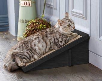 Eco Friendly Cat Scratcher Incline - Black Cat Scratching Pad with Organic Catnip (PET-SCRA-2-BK)