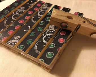 Clothespin Magnets - Chalkboard Holiday