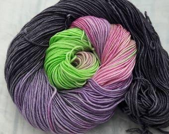 Hekate. Handdyed superwash merino crazy 8 dk yarn 100g