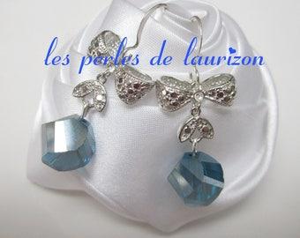 Blue metal infinity earrings