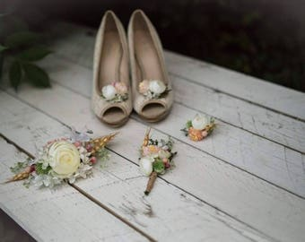 Set of wedding accessories Flower bridal set Floral shoe clips Corsage Flower ring Custom made