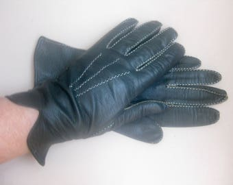 Vintage - black leather gloves