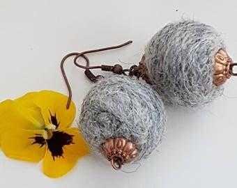 Sale!! Wool felt ball earrings grey pom pom. pon pon gift gift wedding. bridesmaid summer holiday handmade
