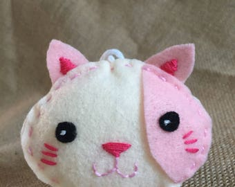 Pink kitty ornament/gift tag