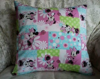 Minnie Mouse pillow cover