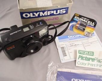 Vintage OLYMPUS Infinity Zoom 210 35mm Camera in original Box - Vintage Camera