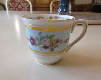 ENGLAND COLCLOUGH TEACUP