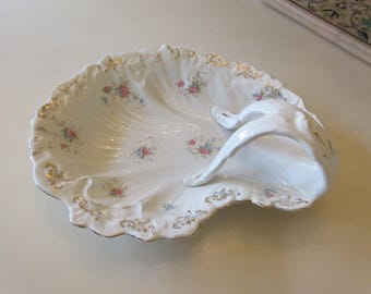 ANTIQUE SERVING DISH with Handle