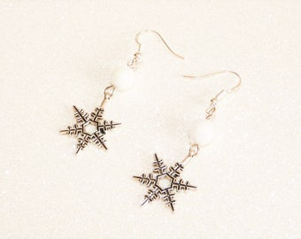 Earrings ' Silver earrings 925 Silver with star snow and white faceted bead