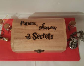 Harry Potter inspired 'Potions, Charms & Secrets' hand burned Pyrography wooden keepsake jewellery trinkets chest box Christmas