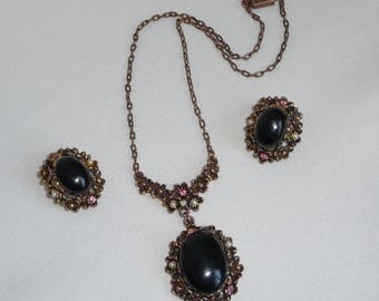 A Beautiful Elegant Vintage Black Cabochon with Faux Pearl and Pink Crystal Drop Necklace and Clip Earring Set
