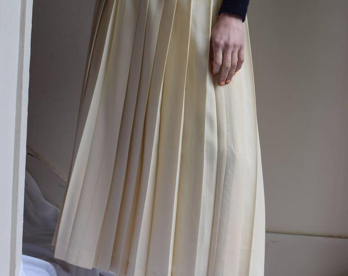 Cream Virgin Wool Pleated Skirt