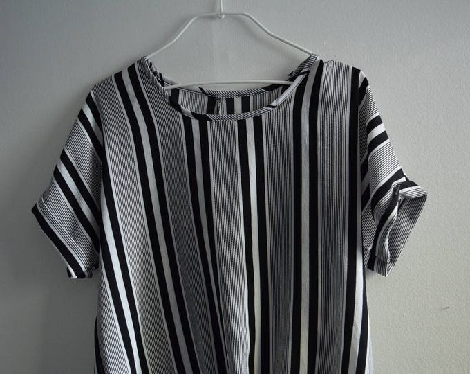 Thick Pinstriped Tee with Knotted Waist