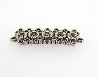 Connector / spacer in antique silver flower pattern