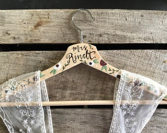 Wedding Dress Hanger, Bridal Hanger, Hand Painted Hanger, Wedding Decor, Bridesmaid Gift, Bridal Shower Gift, Bridal Photography, Photo Prop