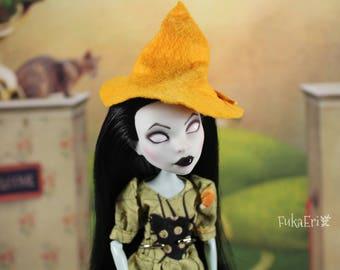 Monster High Custom Repaint Art doll OOAK Scarah Screams/Witch/Halloween