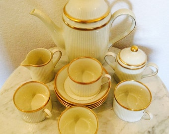 "Fitz & Floyd Vintage Tea  Set ""Classique D'Or"" 1982 Japan Complete Service  For 4 (13 Pieces) Ivory Color With Gold Trim"