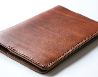 Field Notes Cover. Hand stitched pocket sized leather notebook cover for Field Notes. Refillable journal cover. Made In England