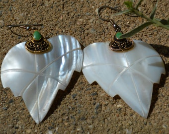 Vintage White Leaf Earrings with Green Stone