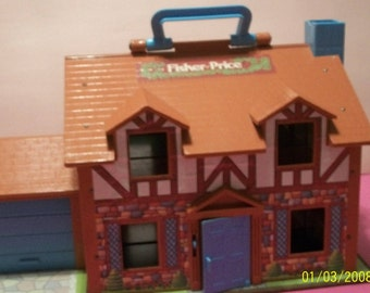 Fisher Price Little People Tudor Brown Fold Out Large  Doll House Garage Door Opens, Door Bell Works