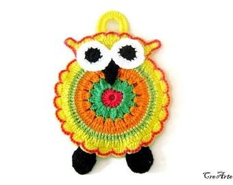 Yellow crochet owl potholder, presina gufo gialla ad uncinetto
