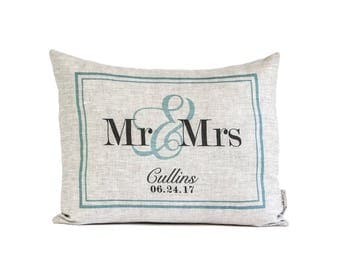 Custom Linen Wedding Gift, Custom Anniversary Gift, Decorative Pillows, Throw Pillow, 4th Anniversary, Rustic Decor, Mr & Mrs Pillow