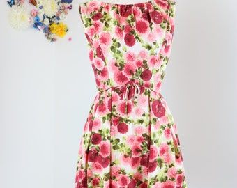 1950s Dress - Floral Fit And Flare Dress - Bow Waist - Sleeveless - Summer Dress - Cotton - Red Pink White - Mad Men - Size Extra Small
