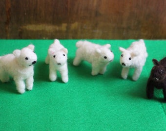 Cute Needle-Felted Easter Lambs In White And Brown, Smooth Or Curly Coat