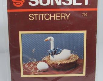 Vintage Sunset Stitchery Little Country Goose #799, Kit