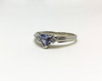 10kt White Gold Heart Shaped Natural Tanzanite (0.65 ct) Ring with Diamond, Appraised 1,125 CAD