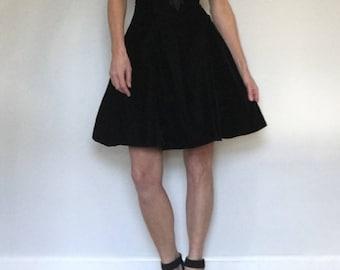 Deadstock 80s black velvet skater party dress tags// Full petticoat mini halter prom goth cocktail// Vintage Jump Apparel// Small 4 5