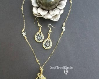 Aquamarine/Swarovski Tree of Life Pendant necklace with earrings