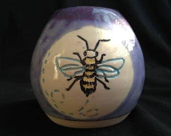 lil bee cup/vessel