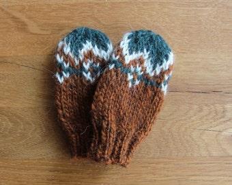 Toddler Mittens Hand Knit - 100% Natural Icelandic Wool