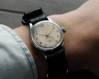 Men's Wrist Watch, Men watch, ussr watch, Kama watch, mens watches, vintage watch. Made in USSR. Leather strap NATO.