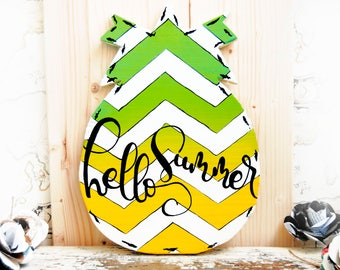 Pineapple door hanger, Hello Summer, Pineapple wood wreath for front door, Chevron Pineapple welcome sign, Summer wreath, Summer door hanger