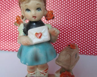 FREE SHIPPING -Vintage Arnart 5th Ave. Valentine Figurine