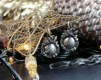 Vintage sterling silver round floral earings