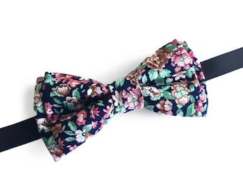 "Floral Blue Pre Tied Bow Tie ""Einthoven"", Best Handmade Gift For Man, Weddings, Birthday, Valentines Day"