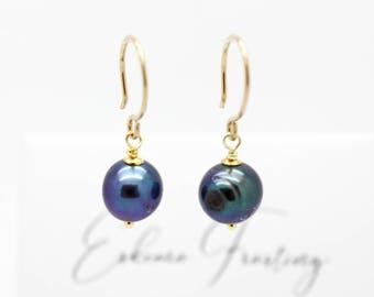 Gold pearl earrings,  black Pearl earrings, Gold pearl Wedding earrings, Brides maid earrings, Gold hoop earrings,mothers day pearl earrings