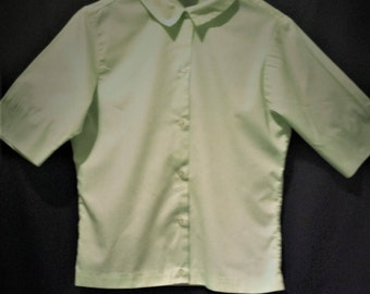 Vintage Ladies Blouse / Pale Green cotton vintage Blouse