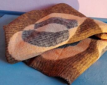 VTG Bulgarian Cozy Fleece Blanket // Authentic Organic Sheep Wool Textile, Brown Orange Gray & Beige Soft Ikat Throw, Soft Woolen Bedcover