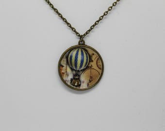 Hot Air Balloon Pendant Necklace ; Vintage Inspired Necklace ; Bronze