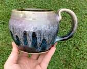 Cauldron Mug in Chalcedon...