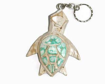 Keychain sea turtle, handpainted keychain, car accessories, green and white keychain, sea turtle key ring, wooden key chain, key fob wood