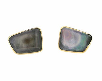1970s Mother of Pearl and Gilt Metal Vintage Cufflinks