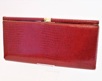 Red Maroon/Wine Evening Clutch Bag with snakeskin pattern and gold trim and clasp/ Retro Clutch Bag/1980s